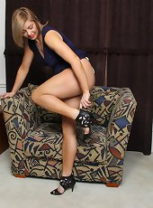 Liz Sophia invites you for wine and naughty game